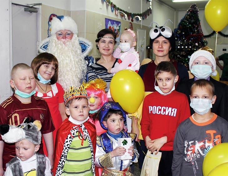 Каждый ребенок ждёт чудес под Новый год. В конце декабря в сказке оказались маленькие пациенты Детского онкогематологического диспансера.