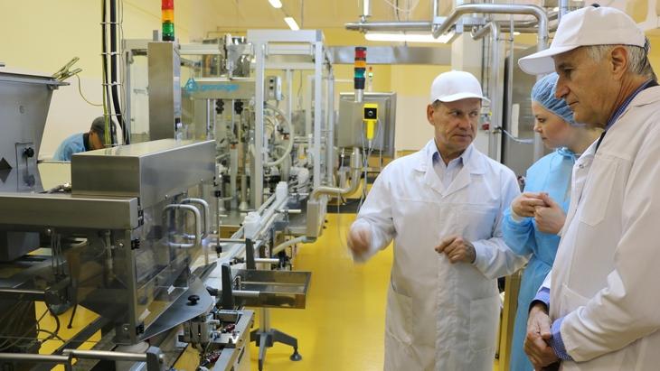 С таким заявлением в субботу, 29 августа, выступил президент Всемирной федерации пчеловодческих ассоциаций Жиль Ратиа (Gilles Ratia) в ходе своего визита на завод по производству апифитопродуктов Tentorium-Ruland в Перми.