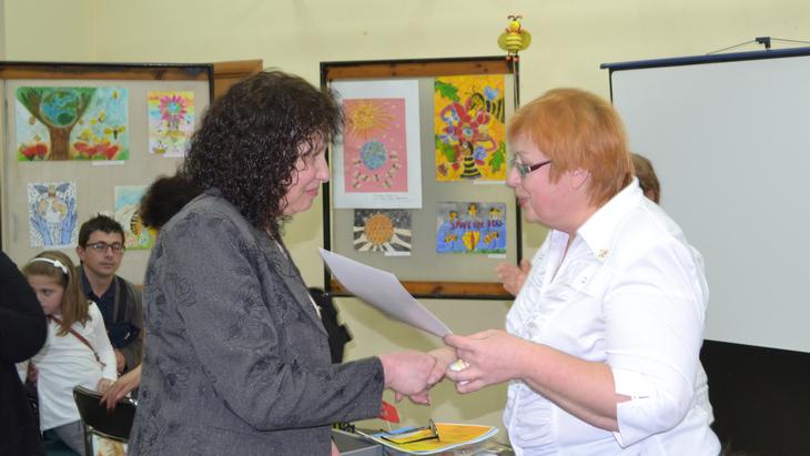 Таня Колева— инспектор изУправы, оказала большое содействие впроведении конкурса. ТЕНТОРИУМ в Болгарии: работа кипит, развиваем «медовый» бизнес!