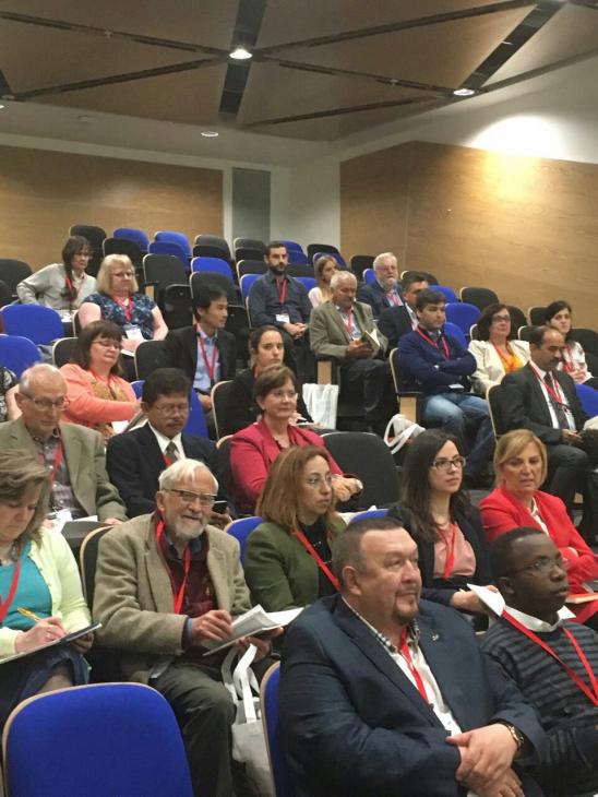 Участниками конференции стали учёные изВеликобритании, США, Болгарии, Румынии, Японии, Мексики, Индонезии, Турции, Марокко, Бразилии, Ганы, Польши идругих стран.